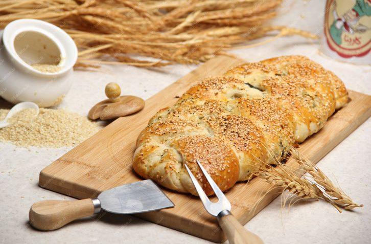نان پنیر و اسفناج